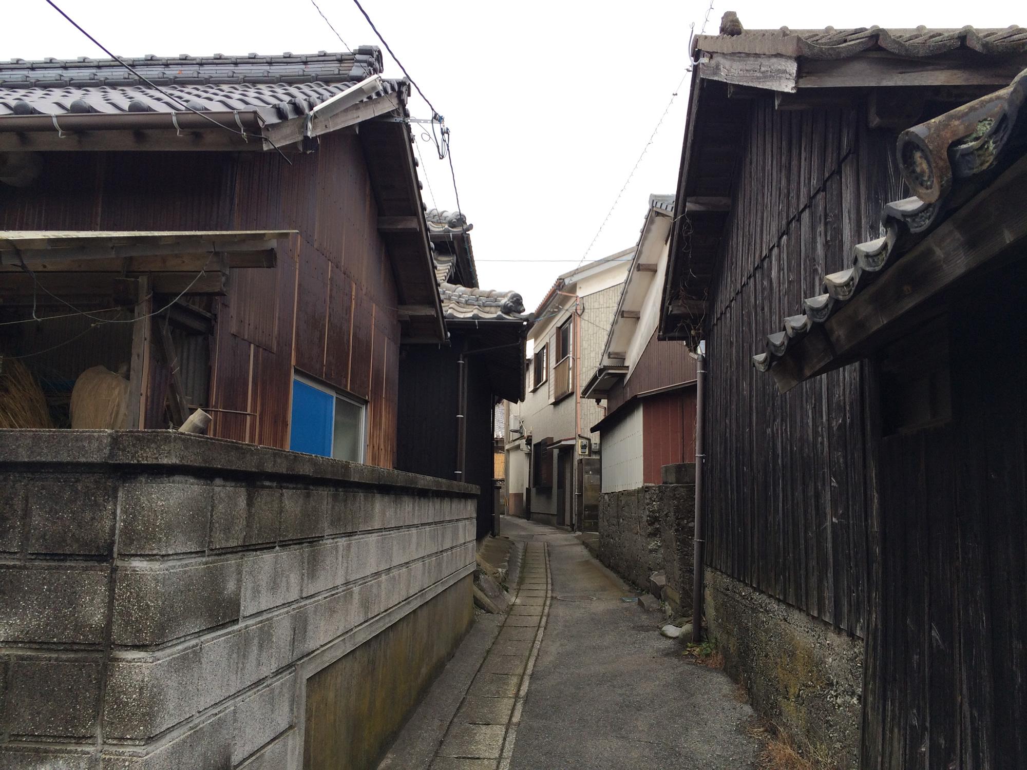 姫島の小道1